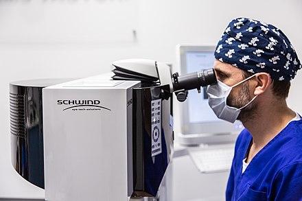 myopia szemműtét nők látása 50 után