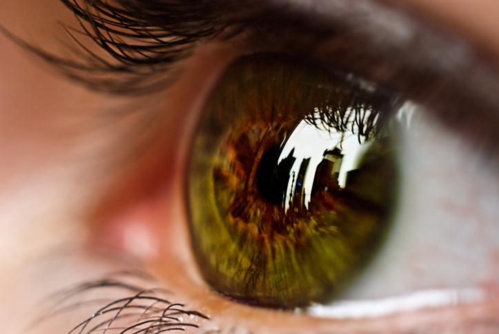 ha az egyik szemnek romlott a látása
