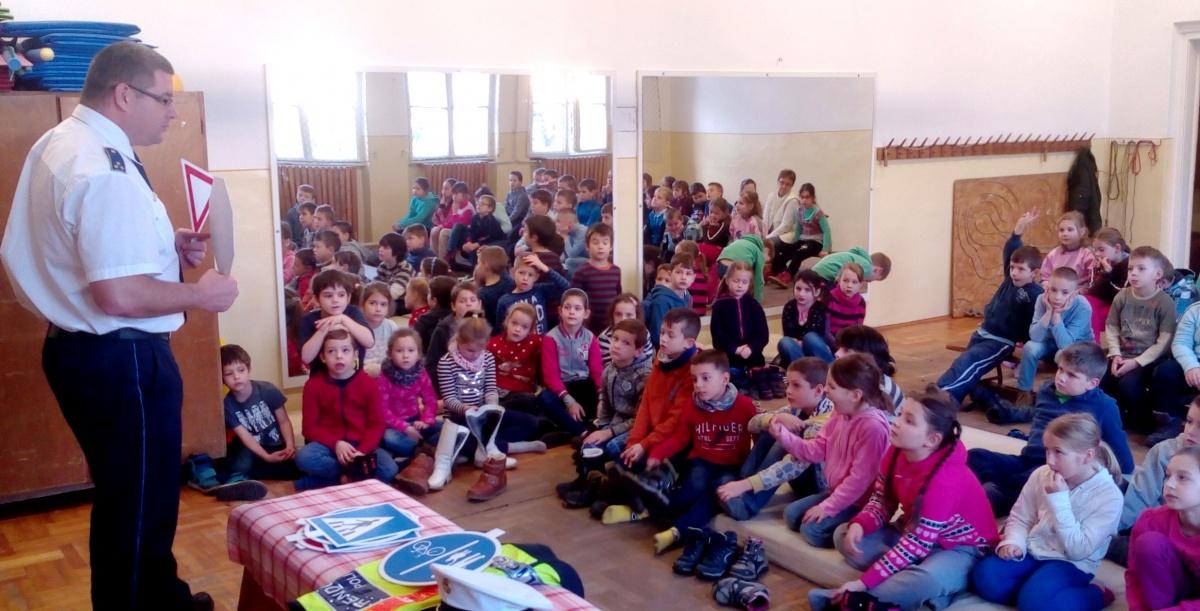 Iskolaorvos: Vaszary János Általános Iskola