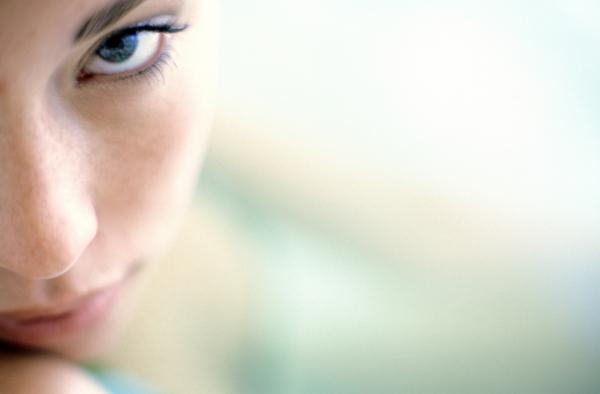 az egyik szemen a látás élesen romlott jó vitaminok a látás helyreállításához