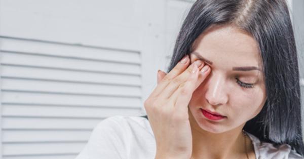 fejfájás magas hőmérséklet homályos látás magas távlátás gyermekekben