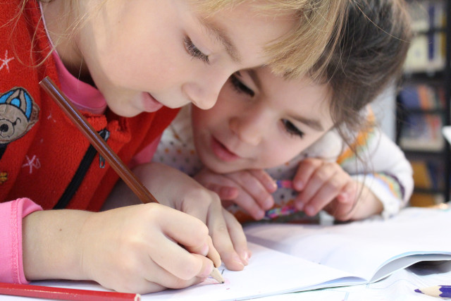 látássérült gyermekek fejlődésének tényezői
