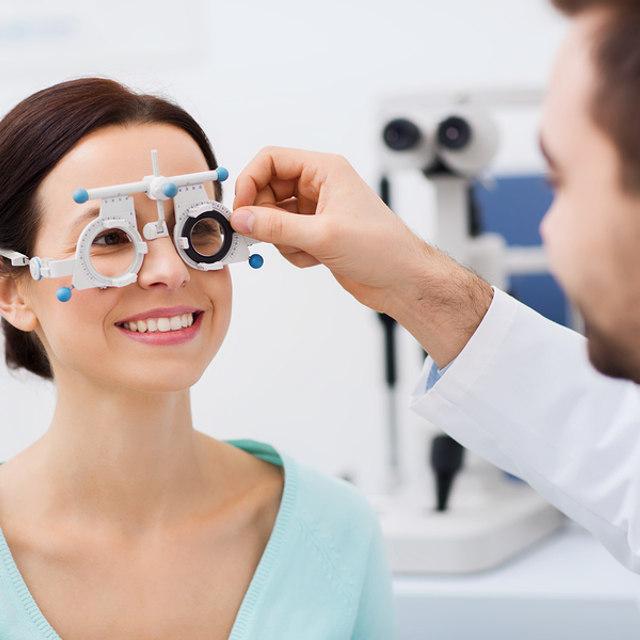 látási információk injekciók a fül mögé a látás érdekében